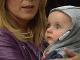 Šialený prípad, ktorý otriasa Britániou: Slovenka sa vzdala svojho zdravého 6-mesačného synčeka!