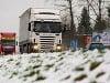 Zima komplikuje dopravu na Slovensku: Prvá obeť sneženia na východe!