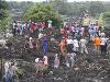 Hora odpadkov sa zrútila na obývané domy: Pochovala celé rodiny, najmenej 17 ľudí zahynulo