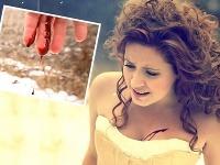 V klipe Dominiky Mirgovej nehýbajú ani krvavé scény.
