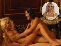 Farmárka Monika Haklová účinkovala v erotickom filme Vášnivé známosti, ktorý patrí do kategórie