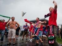 Maďarskí fanúšikovia pred zápasom