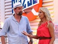 Dôležitými postavami v letnej šou boli okrem samotných súťažiacich aj manažér baru Jakub Francisci a moderátorka Barbora Rakovská.
