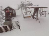 Stredisko Jasná je pod snehom.