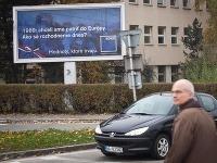 Prvý predvolebný bilbord strany SDKÚ-DS na bratislavskej Patrónke
