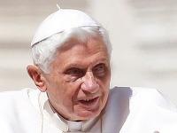 Podľa Ivana Gašparoviča návšteva Slovenska nie je pre pápeža prioritou