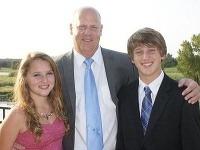 Phillip a jeho deti Macaila a Alex