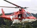 Záchranári s vrtuľníkom pomáhali zranenému českému horolezcovi