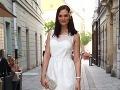 Bývalá misska Veronika Husárová zvolila snehobiele šaty.