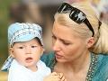 Aneta Parišková venovala malému Gabrielovi veľkú pozornosť.