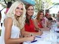 Milovníci pekných žien si prišli na svoje. Na usmiatu Dianu Hágerovú, Lenku Vavrinčíkovú a Miriam Šmahel-Kalisovú bola radosť sa pozerať.