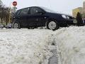 Počasie na východe: V Košickom kraji od rána sneží, ako sú na tom cesty?