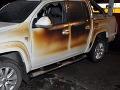 Dopravná nehoda v Humenskom okrese: Jedno z vozidiel zachvátil požiar