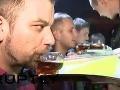 Takto vyzerá zábava v Soči: Devy vrtia zadočkami, alkohol tečie potokom!