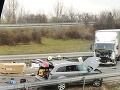 Hrozivo vyzerajúca nehoda skomplikovala dopravu: V smere do Nitry R1 neprejazdná