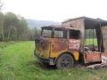 Požiar včelárskeho vozu.