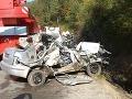 FOTO Tragickej zrážky mercedesu so škodou pri Žiline: Čelný náraz neprežili dvaja ľudia!