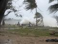Stovky turistov na Novom Zélande odrezaných od civilizácie: Cyklón zničil cesty a vedenie