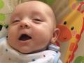 VIDEO sedemtýždňového drobca valcuje internet: Hádajte, aké bolo jeho prvé slovo!