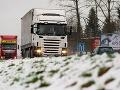 Sneženie na cestách