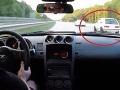 VIDEO Dvaja piráti si to chceli rozdať na diaľnici: Dupli na plyn a vtom to prišlo!