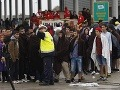 Desiatky migrantov stále prichádzajú