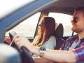 Cesta autom či vlakom sa vám neoplatí? Novinka na trhu prináša riešenie