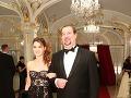 Operný spevák Martin Malachovský prišiel do spoločnosti po boku dcéry Kristíny.