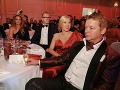 Andrea Heringhová a partnerom Borisom Kollárom sedeli pri jednom stole s Gabrielou Drobovou a jej partnerom Karolom Rumanom.