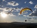 Pod vrchom Zvolen sa zrútil paraglidista: Poriadne tvrdý dopad na zem