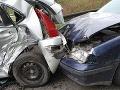 Vážna nehoda pri Vranove nad Topľou: Po zrážke dvoch áut, traja zranení