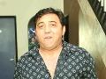 Spevák Igor Kmeťo (59)