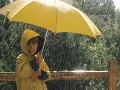 Studená bodka za prázdninami: V noci a po celú nedeľu sa očakávajú intenzívne zrážky