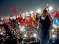 Státisíce Turkov sa dnes