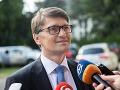 Maďarič stiahol chvost a mení rétoriku: Nevidí dôvod na demisiu, Fico mu vyslovil absolútnu dôveru