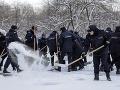 Silné mrazy naďalej sužujú Európu: Koniec plavby na Dunaji a alarmujúce ovzdušie v Poľsku