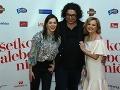 Klára Issová a Evita Urbaníková s producentom filmu Petrom Ňunézom.