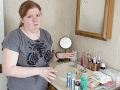 Žena prežíva každodenné peklo: Smrdí ako ryba, je ju cítiť už z chodby