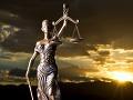 Ľubomír (55) za svoj čin ponesie následky: Za pokus vraždy manželky šestnásť rokov v base