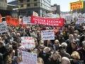 Tisícové protesty v Moskve: Ľudia bojujú proti demolácii sovietskych panelákov