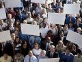 Rumuni si povedali dosť: Desaťtisíce zamestnancov rezortu financií štrajkuje kvôli mzdám