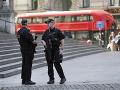 V Británii zadržali Poliaka a Čecha: V dodávke pašovali 79 funkčných zbraní