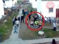 Uniklo VIDEO policajnej brutality