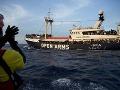 Migranti robia všetko pre vstup do EÚ: 56 ľudí takmer prišlo v mori o život