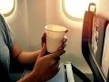 Letušky počas letu nikdy nepijú horúce nápoje: Keď sa dozviete prečo, nebudete ani vy
