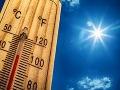 Čaká nás horúci deň: Meteorológovia vydali výstrahy pred vysokými teplotami