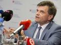 VIDEO Plavčan neodstúpi, kritiku