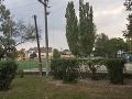 Počasie spustošilo elektrické vedenia: Technici majú na západnom Slovensku plno práce