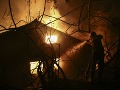 Hasiči zasahovali pri Dunajskej Strede: Požiar z kotolne skoro pohltil rodinný dom