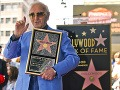 Spevák a herec Charles Aznavour: Francúzsky Frank Sinatra má hviezdu na chodníku slávy